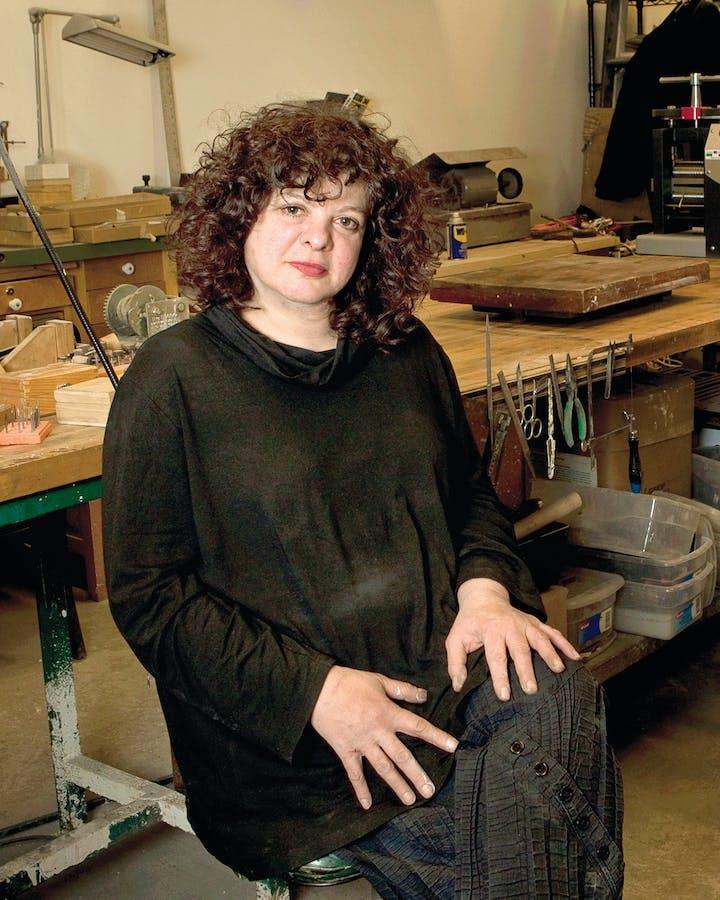 Portrait of Lisa Gralnick