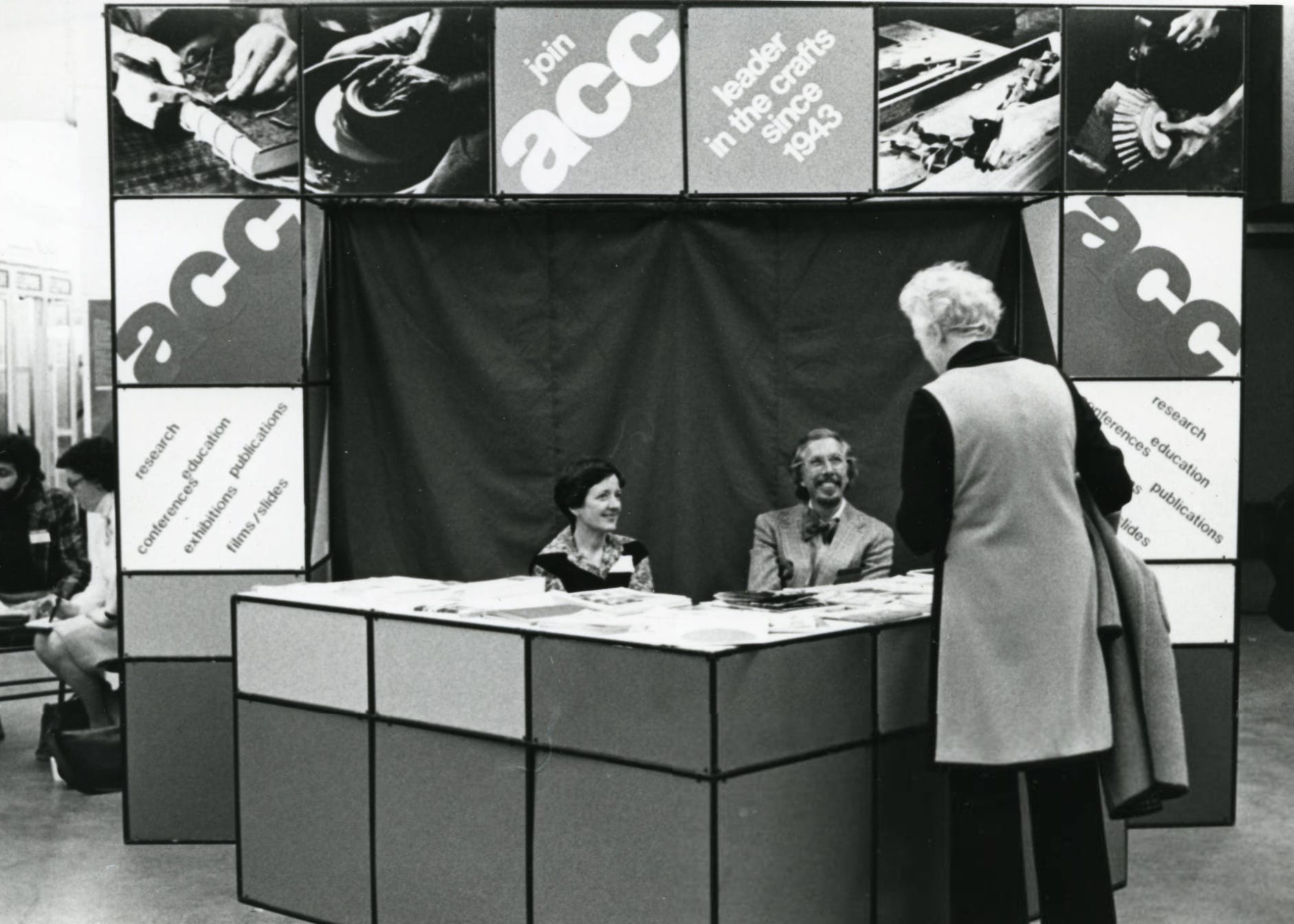 Lois Moran and Paul Smith talking to Florence Pettit at 1977 ACC Baltimore Winter Market